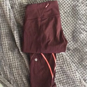 Maroon lululemon 7/8s w/ back zipper! RARE!